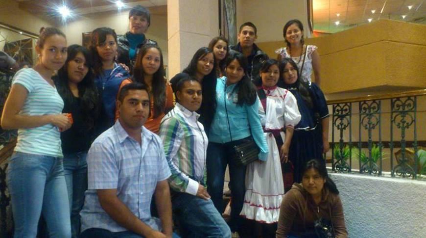 Becas para estudiantes indígenas.