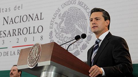 Propone Peña Nieto legalizar la mariguana con fines medicinales.